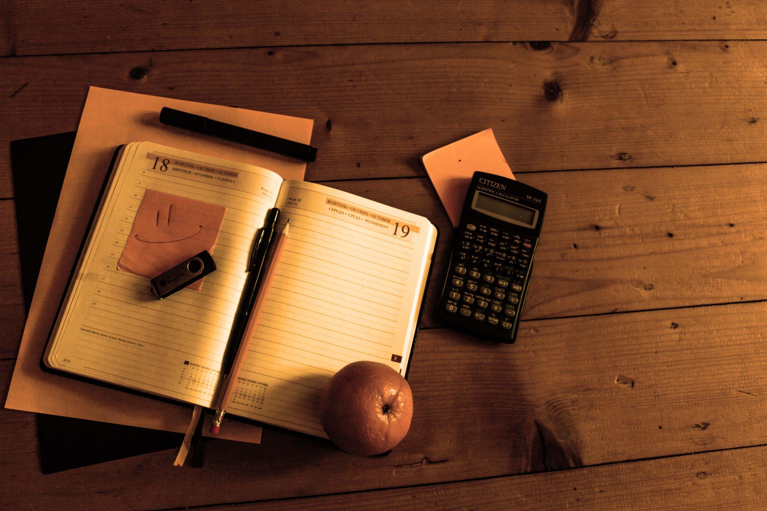 Perché_non_dovresti_usare_la_calcolatrice_da_tavolo - calcolatrice ufficio